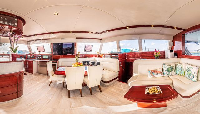 Dolcevitacat Charter Yacht - 6