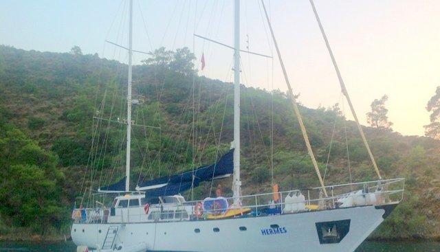 Hermes Charter Yacht