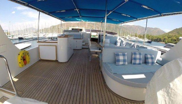 Le Pacha Charter Yacht - 7