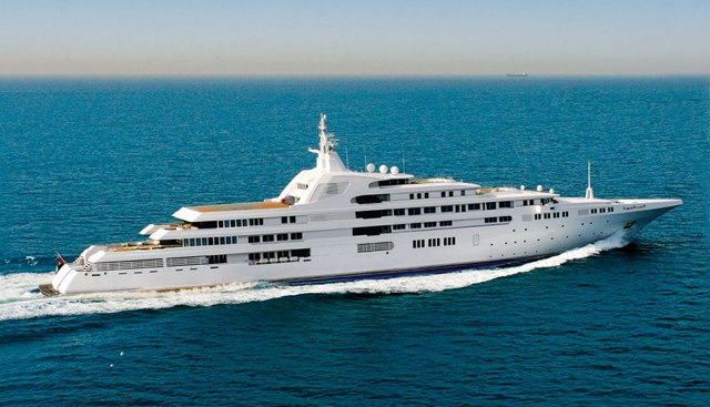 Dubai Charter Yacht