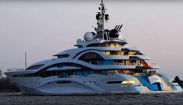 Al Lusail Charter Yacht - 3