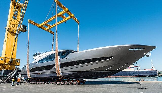 El Mirlo Charter Yacht