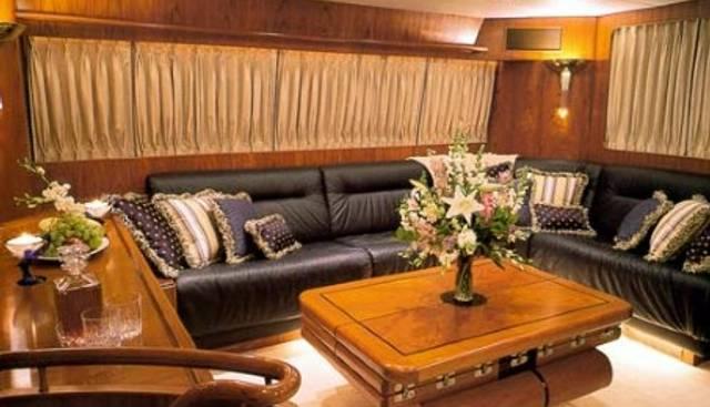 La Perla Charter Yacht - 2