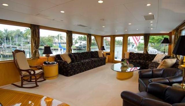 Wrigley Charter Yacht - 4