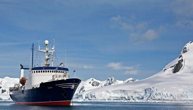 Sarsen Charter Yacht - 2