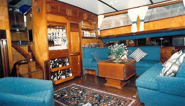Wireless Charter Yacht - 4