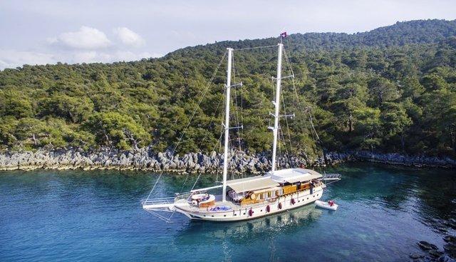 Pina Charter Yacht