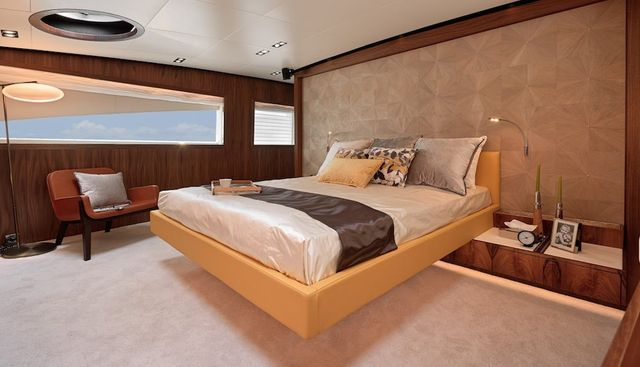 Esther 7 Charter Yacht - 5