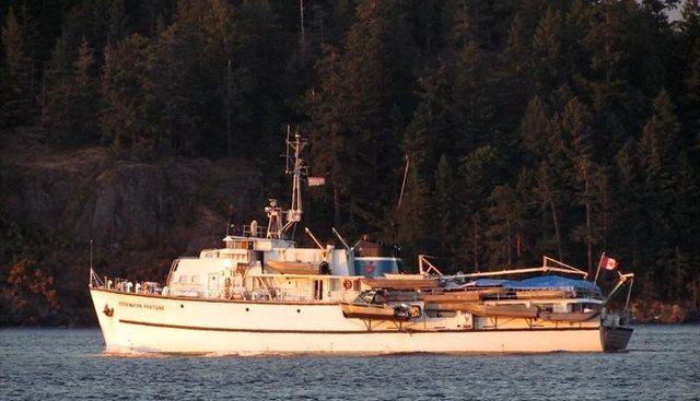 Edgewater Fortune Charter Yacht - 2