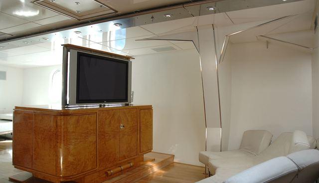 Dwinger Charter Yacht - 8
