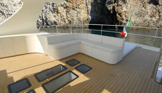 Mr Gu Charter Yacht - 4