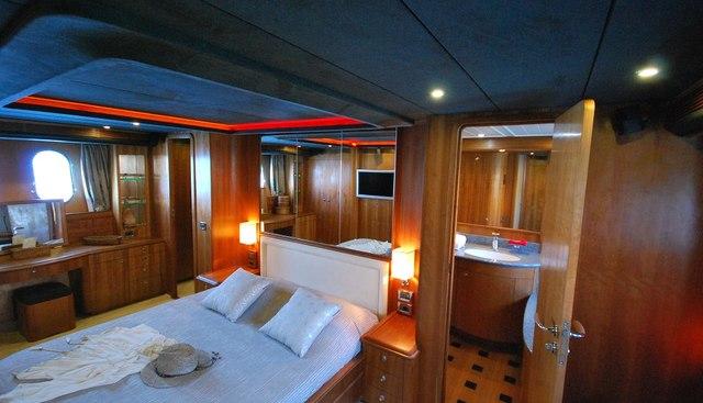 Figi Charter Yacht - 8