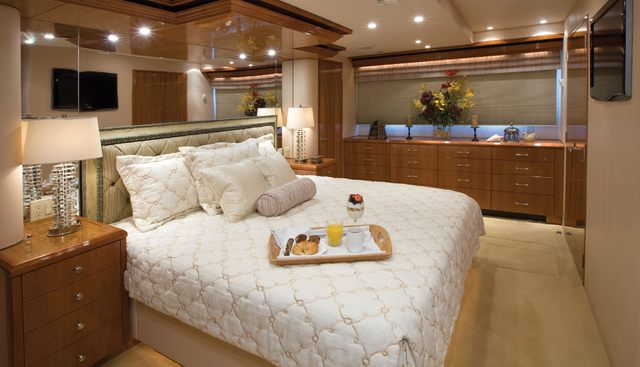 Christina Charter Yacht - 4