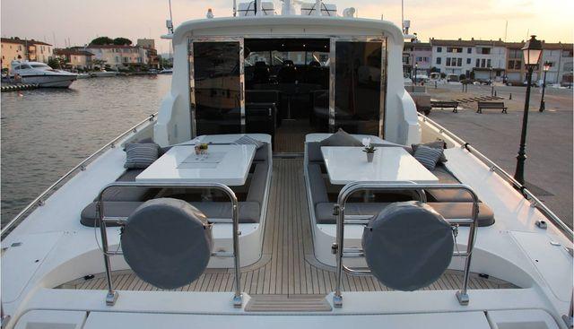Moon Glider Charter Yacht - 4