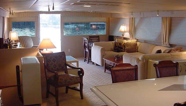 La Isla Charter Yacht - 4