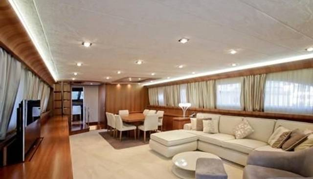 White Queen Charter Yacht - 6