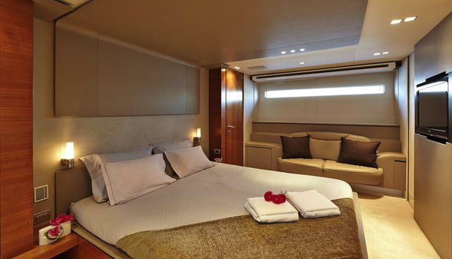 Quantum Charter Yacht - 8