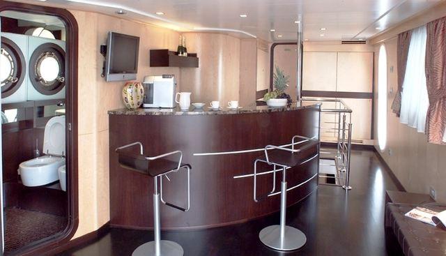 Bert Charter Yacht - 6