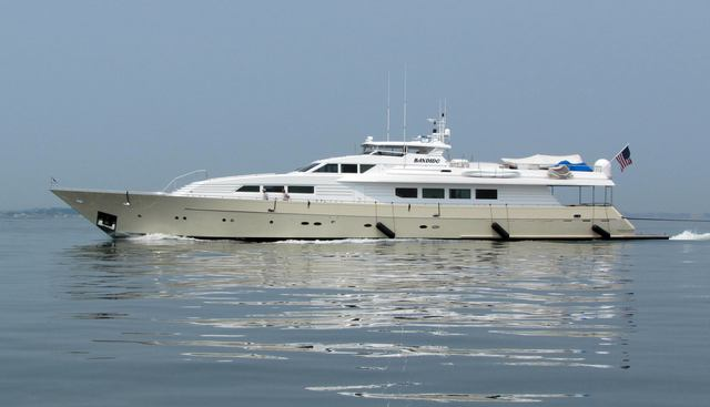 Mac Charter Yacht - 2