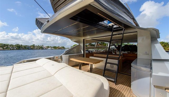 Panacea Charter Yacht - 2
