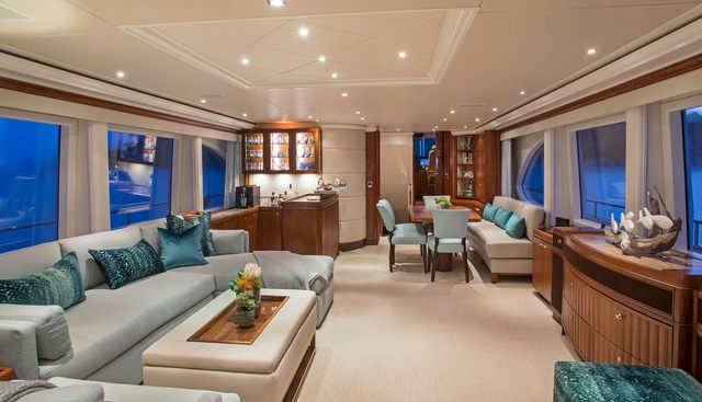 Pura Vida Charter Yacht - 7