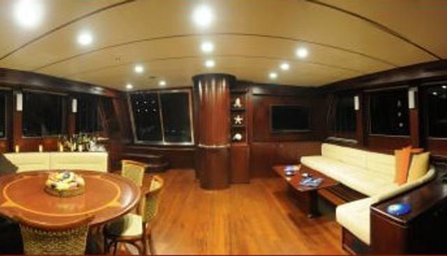 Vivien Charter Yacht - 6