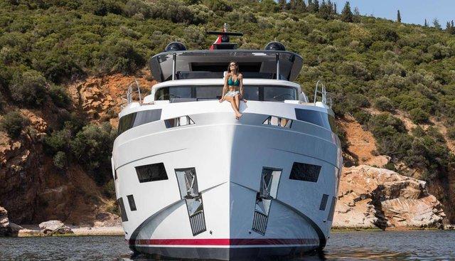 Sirena 88/02 Charter Yacht - 3
