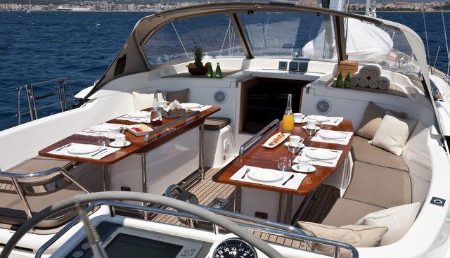 Tilly Mint Charter Yacht - 4