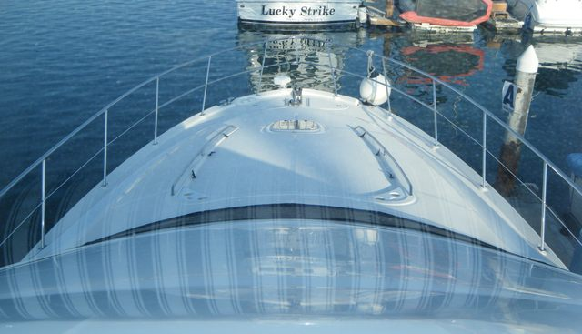 Playhouse Charter Yacht - 5