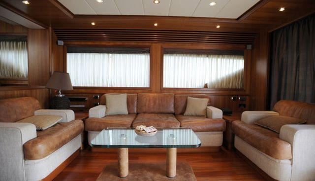 Happy Feet Charter Yacht - 5