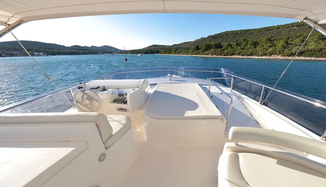 Dominique Charter Yacht - 4