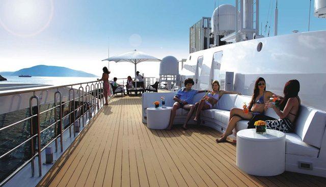 Elegant 007 Charter Yacht - 3