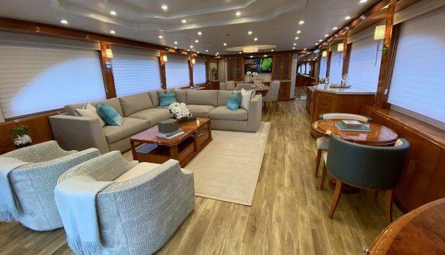 Brandi Wine Charter Yacht - 6