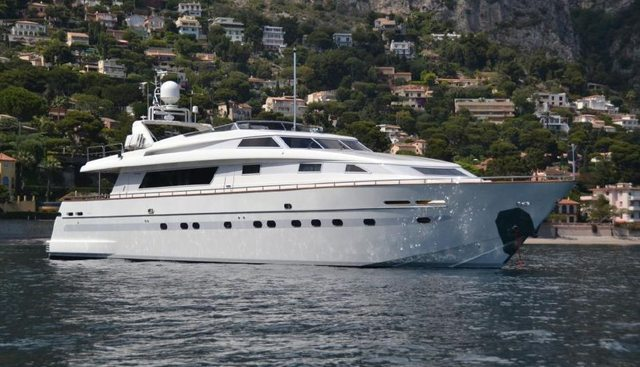 Solona Charter Yacht