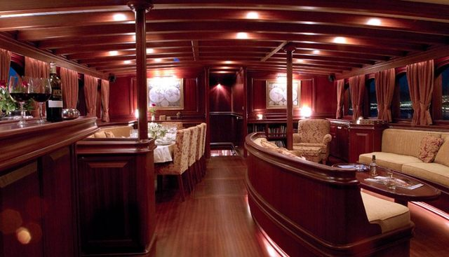 Riana Charter Yacht - 7