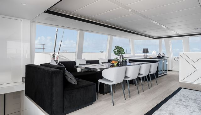 Above Charter Yacht - 8