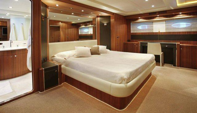 Riva 85 Opera 2006 Charter Yacht - 4