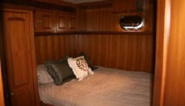 Scott Free Charter Yacht - 5