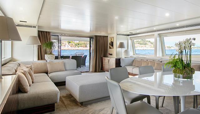 Y42 Charter Yacht - 6