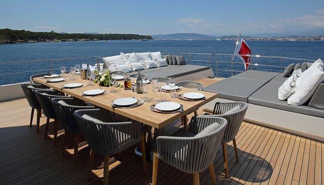 Siempre Charter Yacht - 4