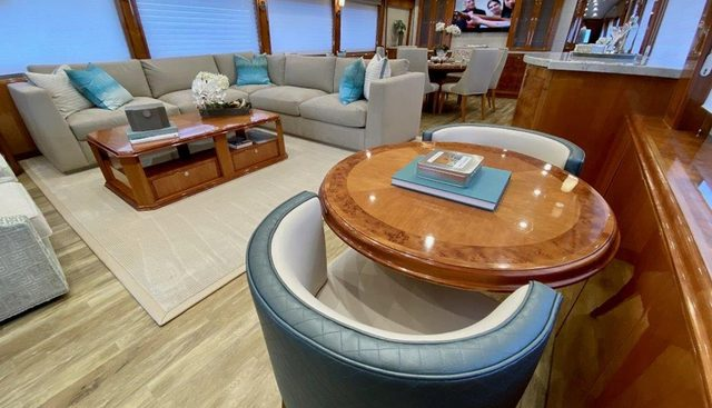 Brandi Wine Charter Yacht - 7