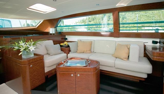 Grand Bleu Vintage Charter Yacht - 8
