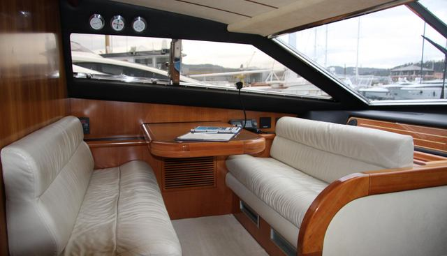 Calamity Jane Charter Yacht - 3