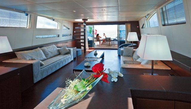One O One Charter Yacht - 6