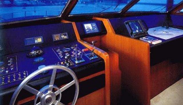 Akhir 27 Charter Yacht - 5