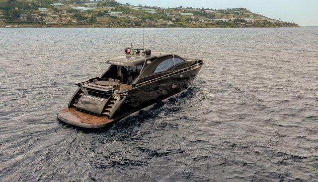 Black Magic Charter Yacht - 4