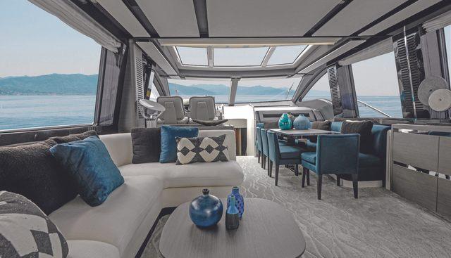 Azimut Grande S8/ 01 Charter Yacht - 3