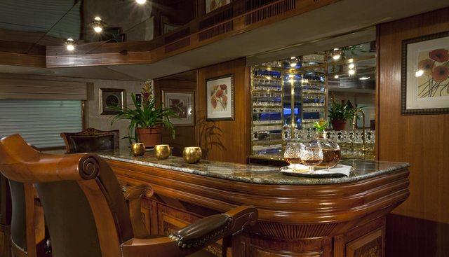 Golden Compass Charter Yacht - 8