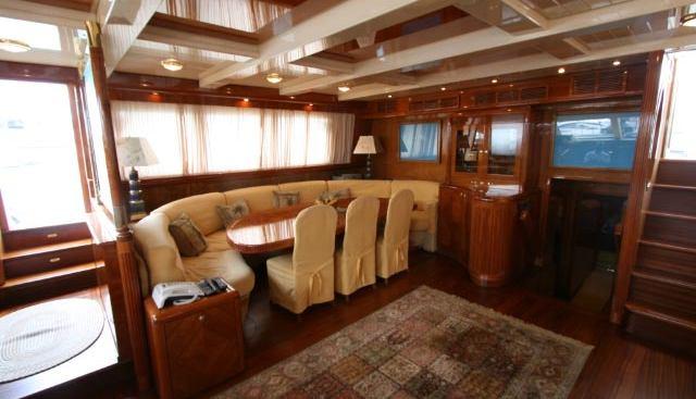 Queen South III Charter Yacht - 5