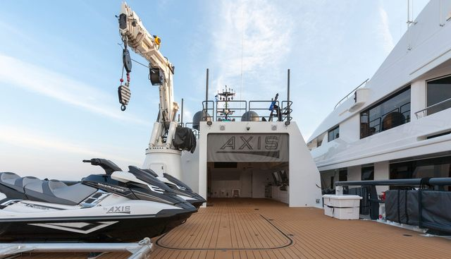 Axis Charter Yacht - 4